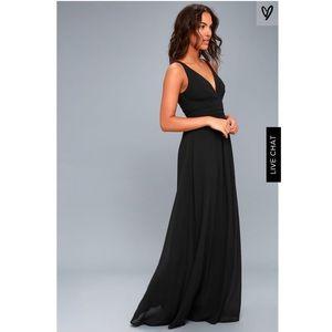 NWOT Lulu's Black maxi dress size small